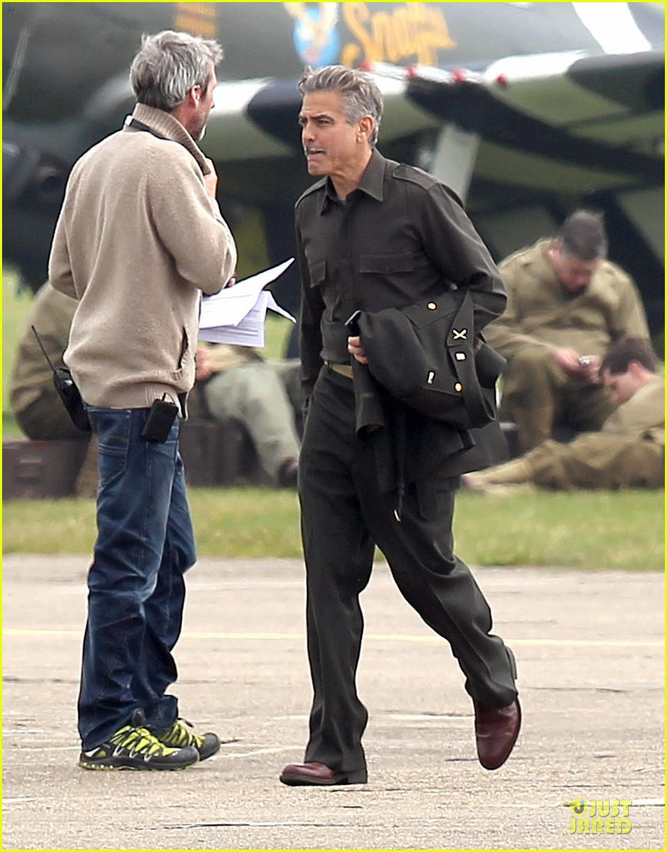 george clooney matt damon uniformed monuments men 06