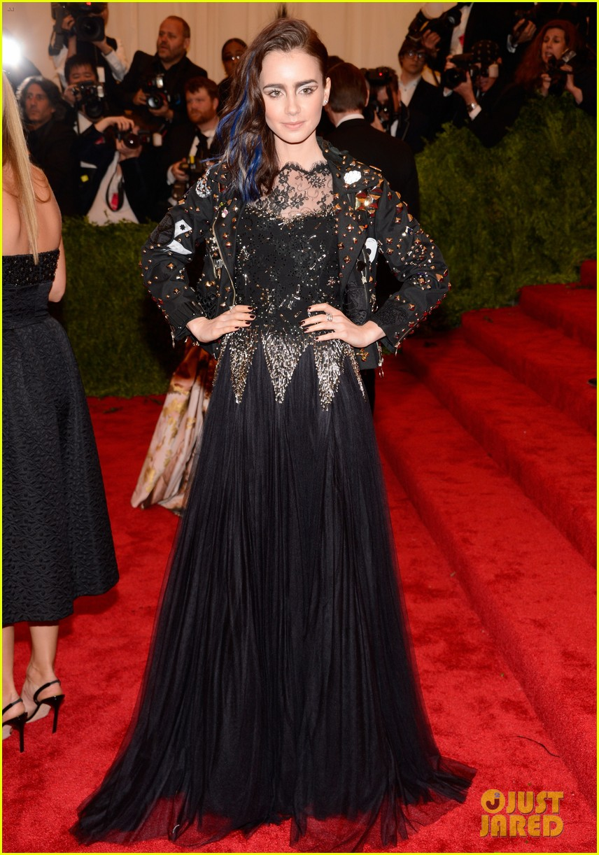 lily collins jamie campbell bower met ball 2013 red carpet 042865679