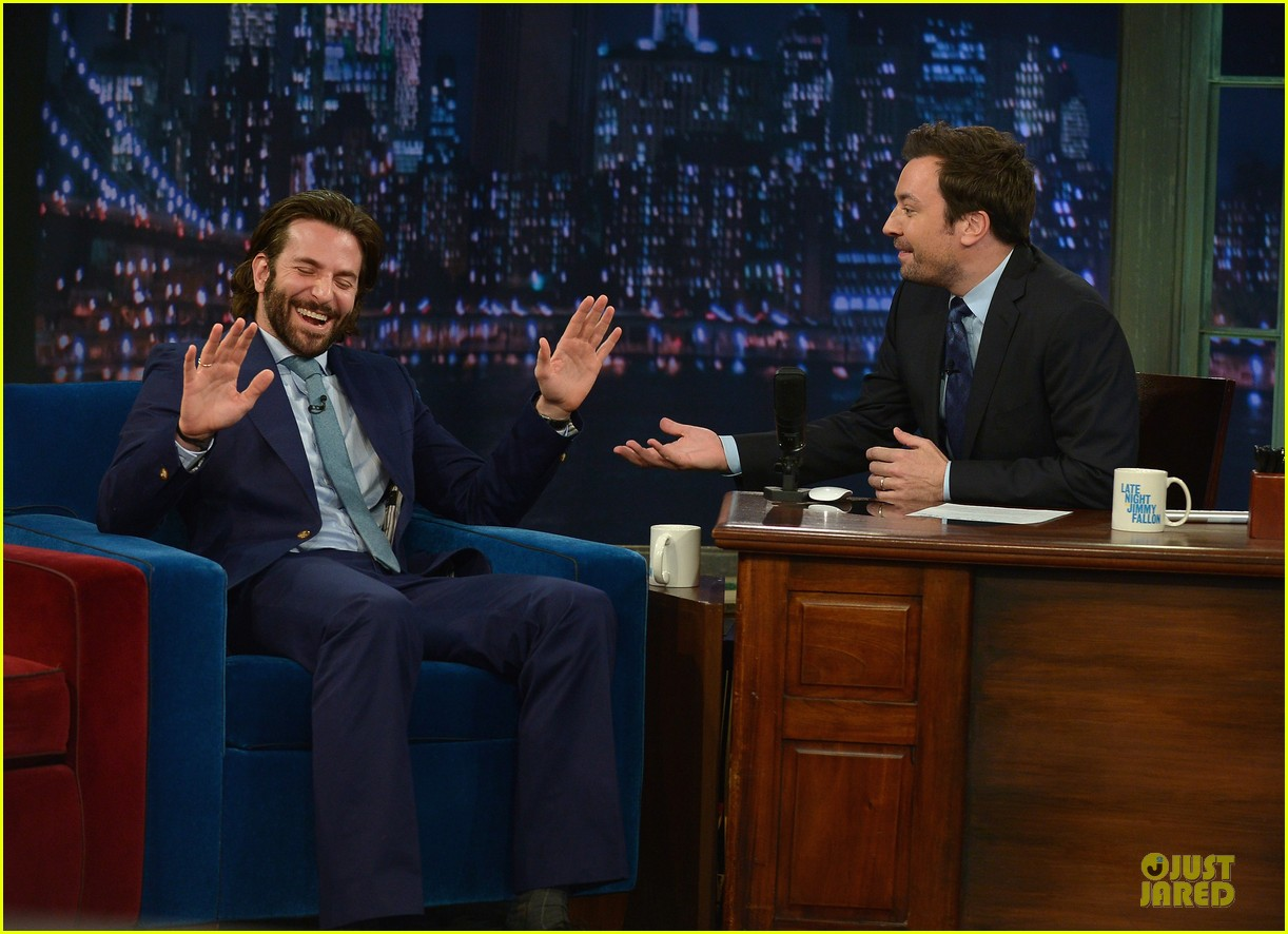 bradley cooper wears mini basketball hoop on fallon 14