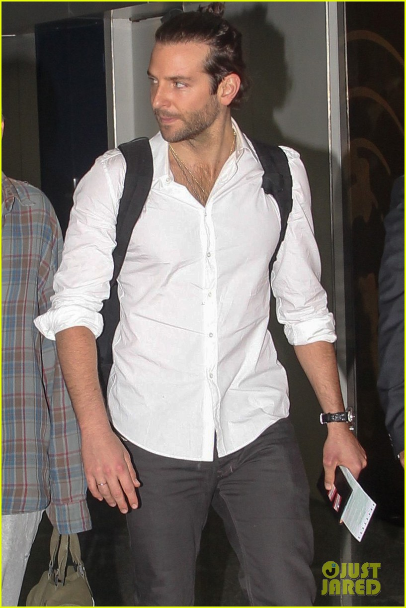 bradley cooper shirtless after brazil arrival with hangover guys 072879427
