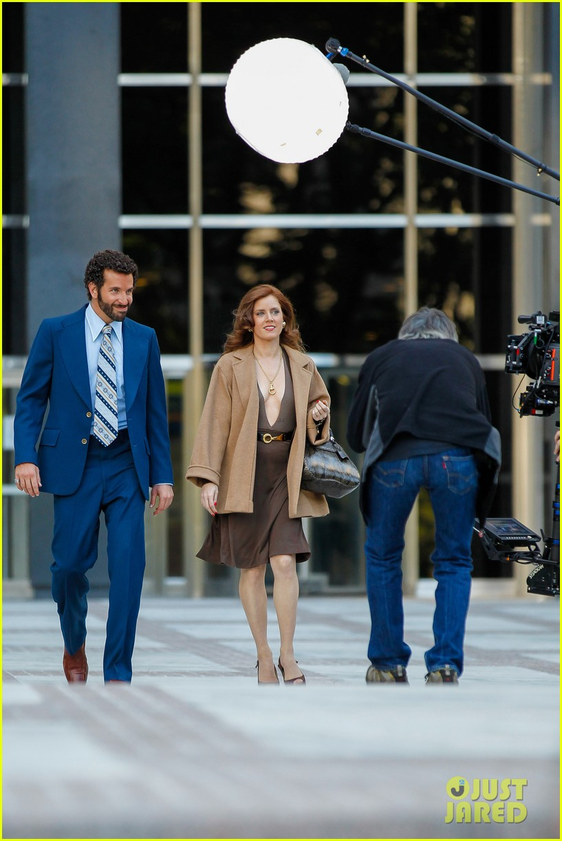 bradley cooper works out before filming american hustle 23
