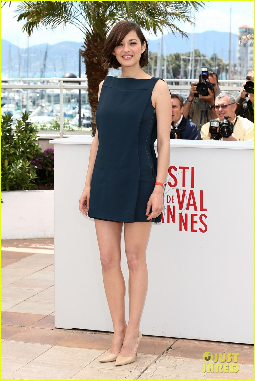 marion cotillard zoe saldana cannes blood ties photo call 11
