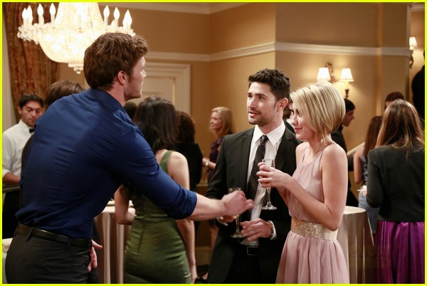 matt dallas derek theler replicate kyle xy ab flash pose 102876490