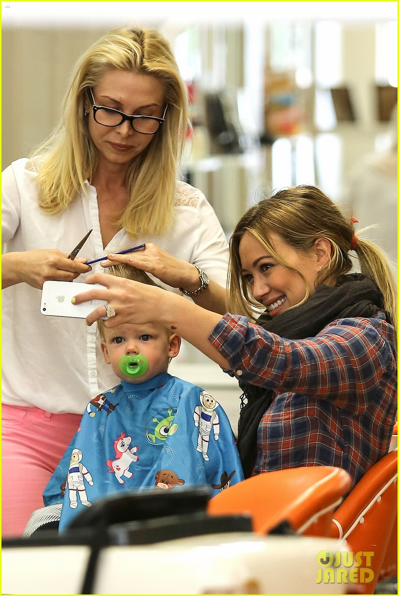 hilary duff luca gets his hair cut 022867665