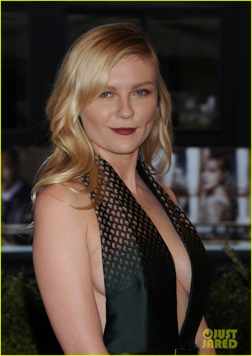 kirsten dunst met ball 2013 red carpet 01