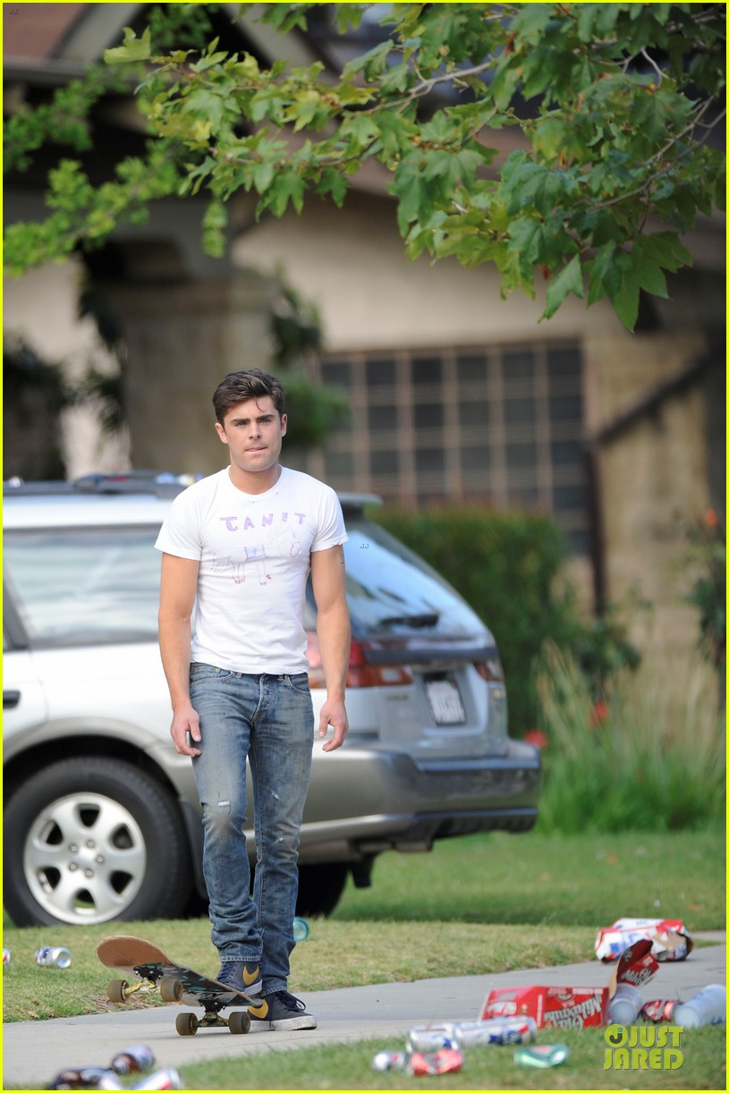 zac efron abs flashing townies basketball set 09