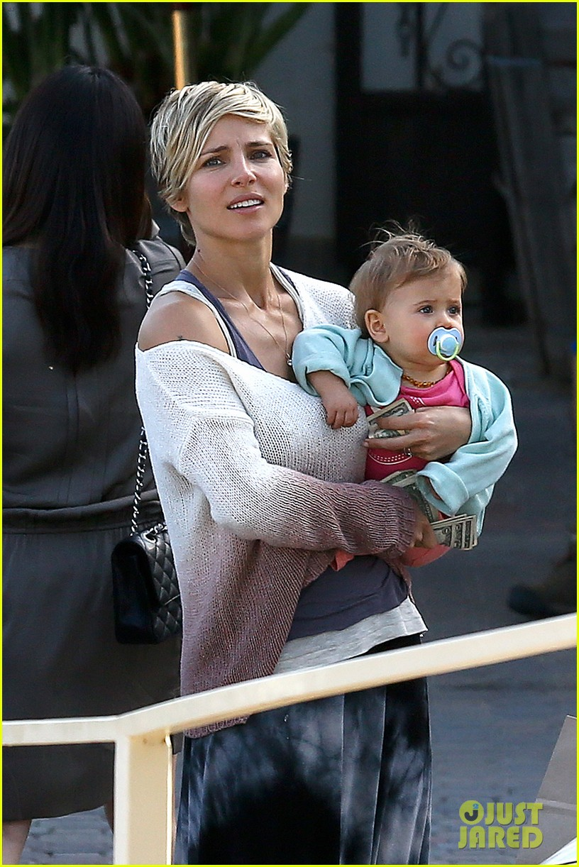 elsa pataky takes india to lunch with her mom 02