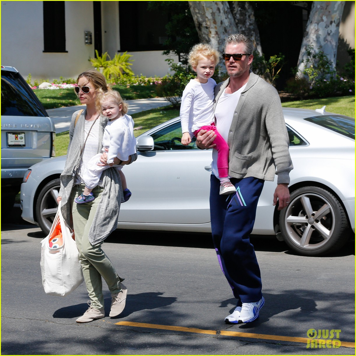 eric dane rebecca gayheart birthday party with the girls 03