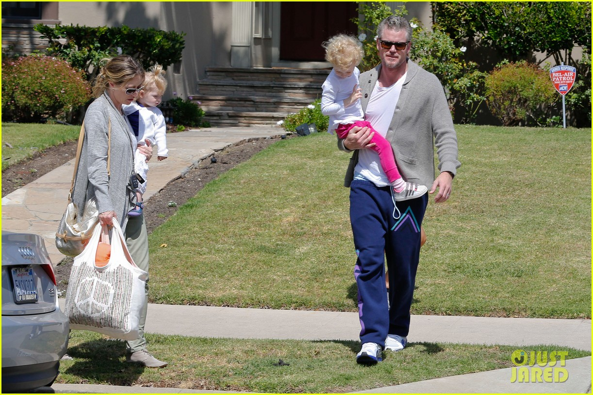 eric dane rebecca gayheart birthday party with the girls 06