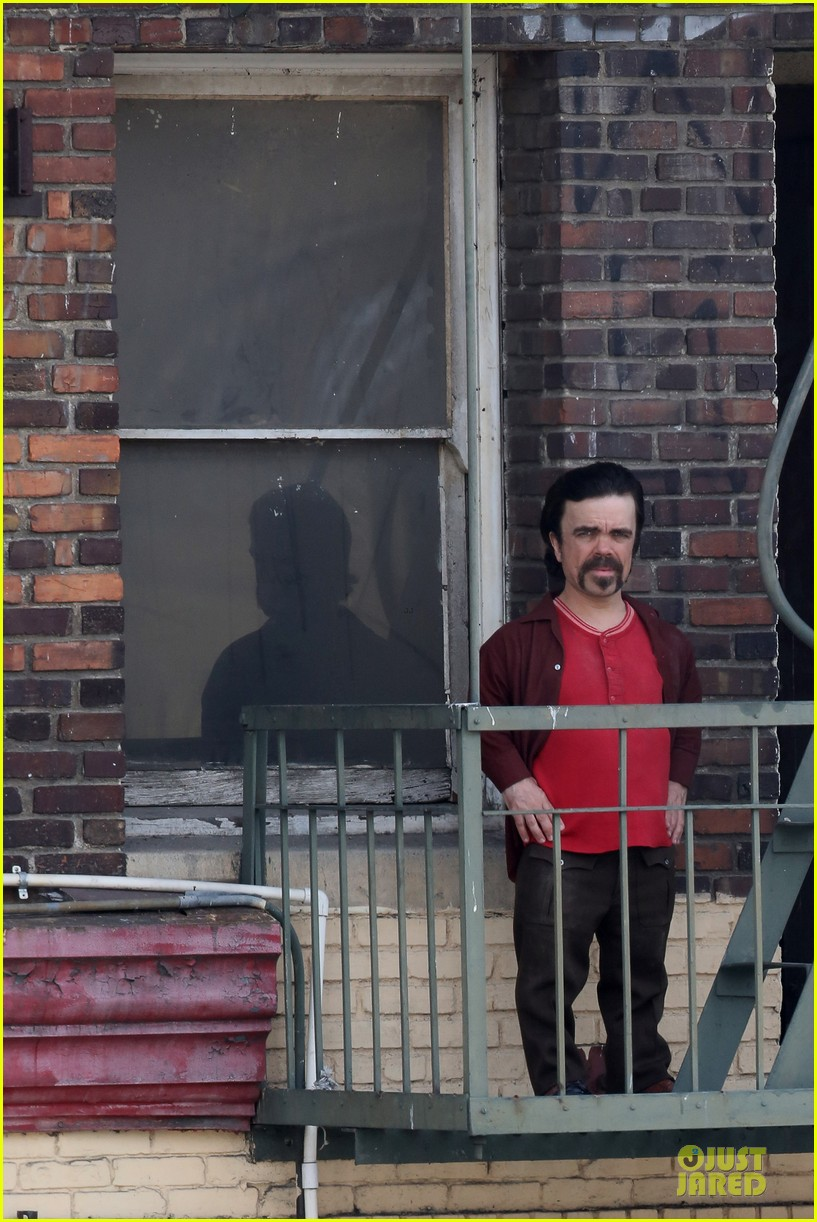 elle fanning low down set with peter dinklage 112868311