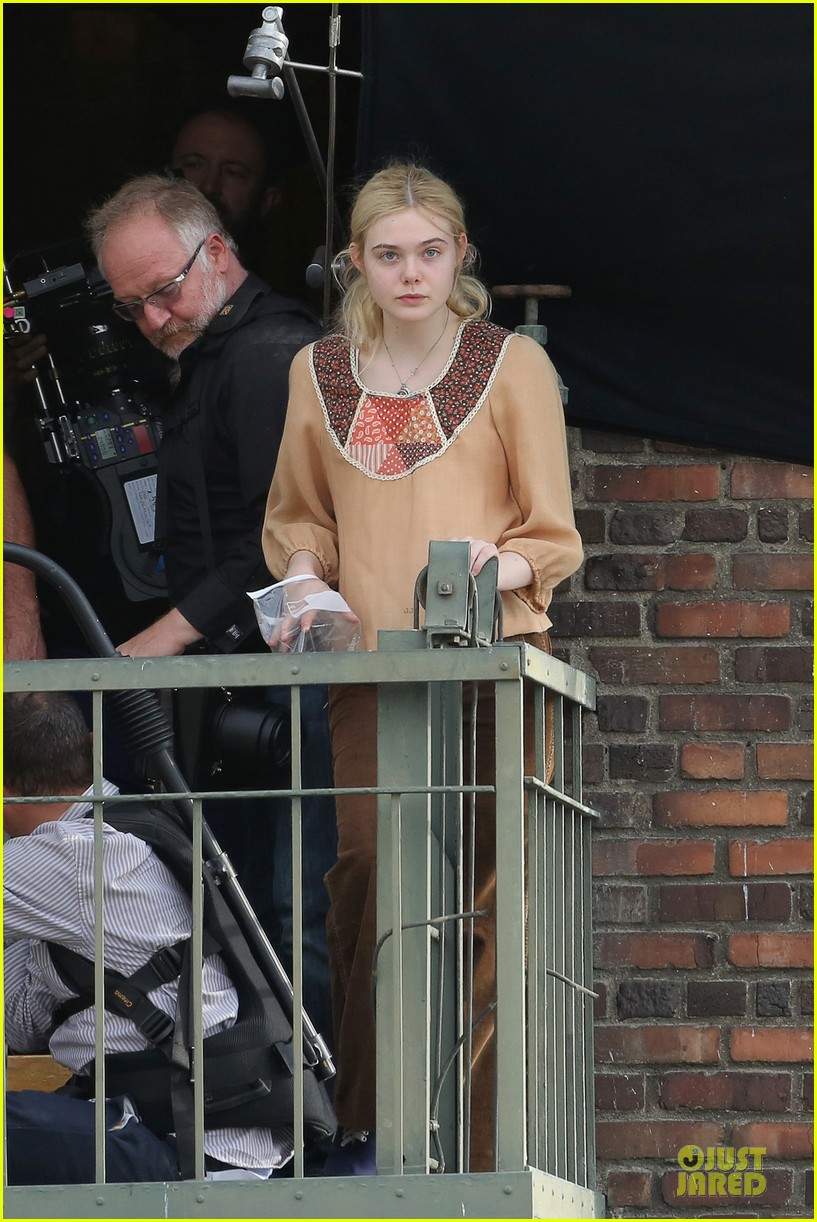 elle fanning low down set with peter dinklage 242868324