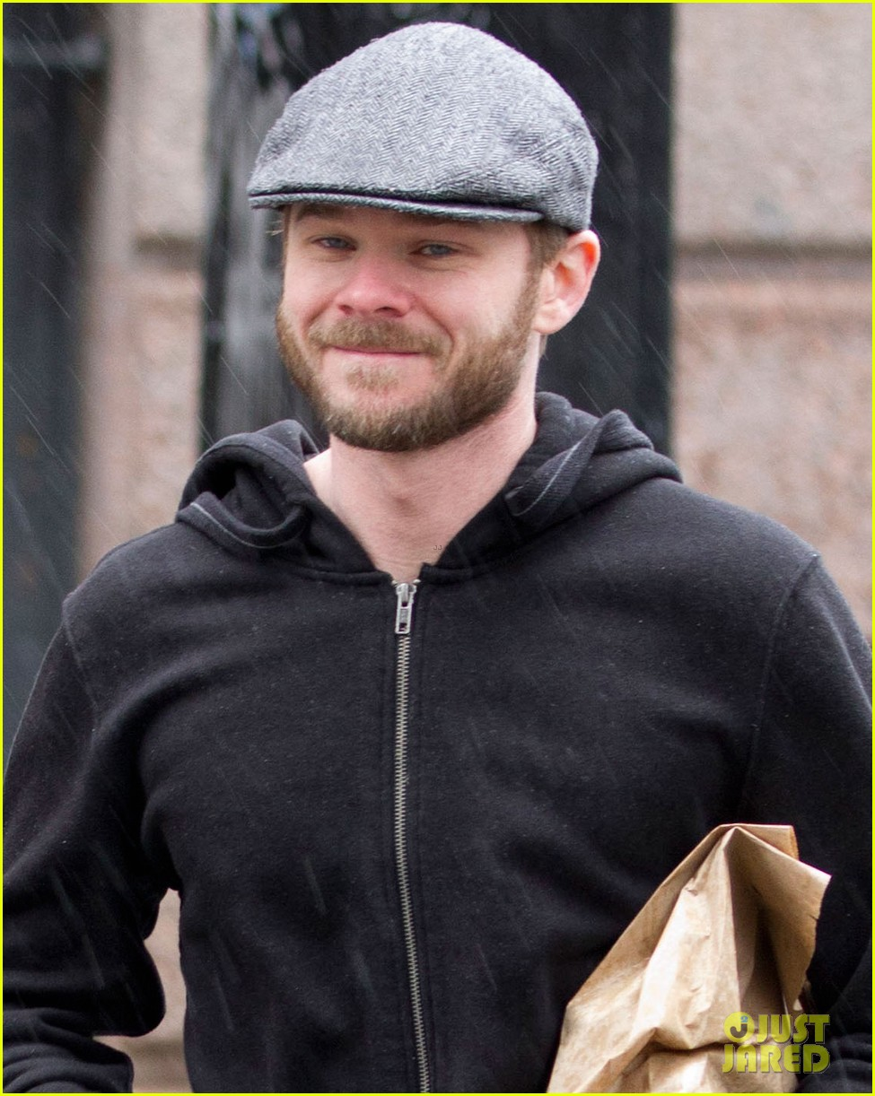 michael fassbender shawn ashmore hit montreal for x men filming 032879148