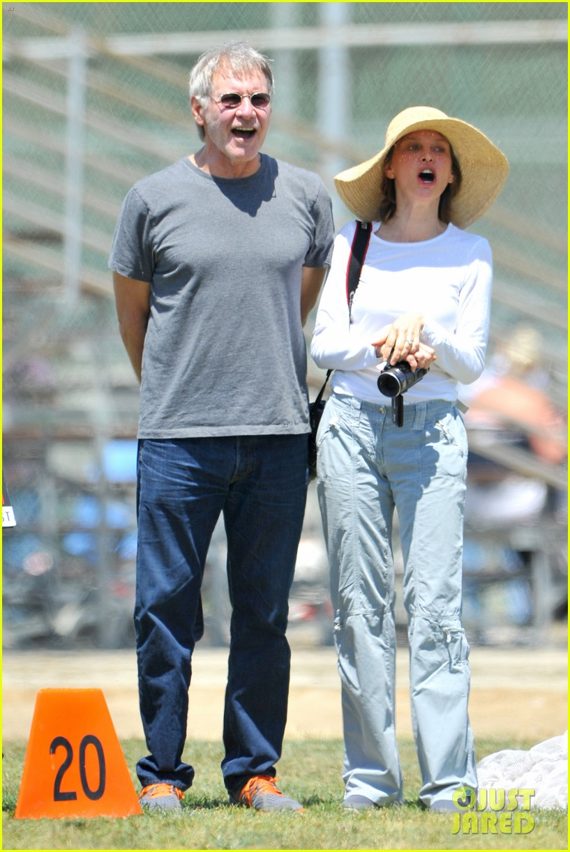 harrison ford calista flockhart liam soccer game 062868785