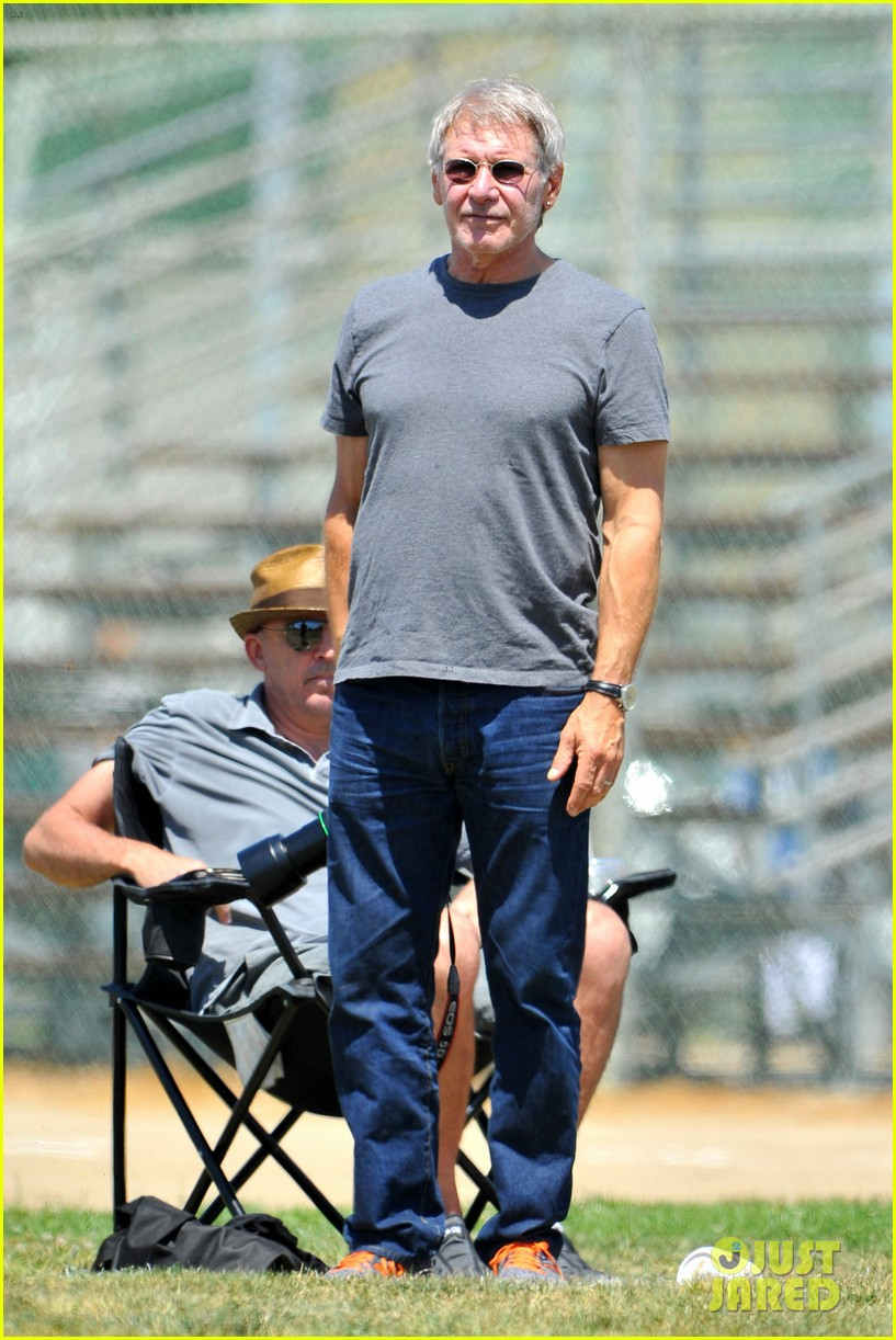 harrison ford calista flockhart liam soccer game 082868787
