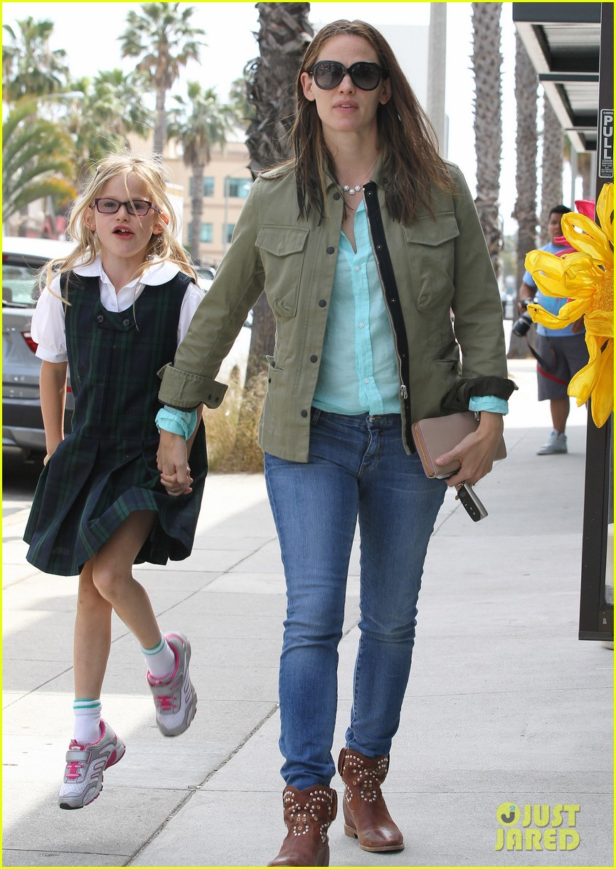 jennifer garner busy week with violet 082867832