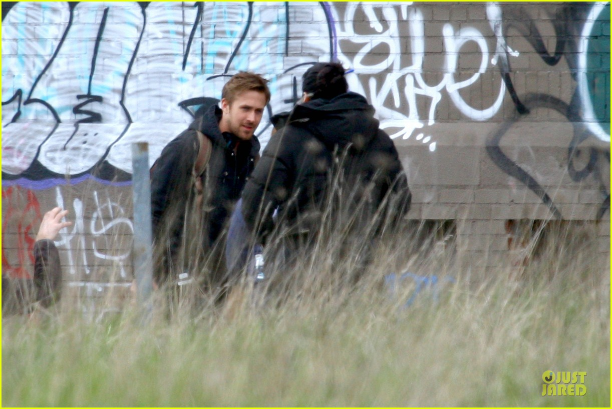 ryan gosling works with shirtless matt smith on monster set 04