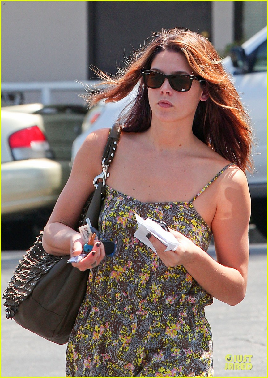 ashley greene i had rough few months after condo fire 15