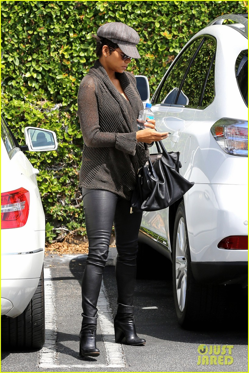 halle berry rocks leather pants while shopping 132867218
