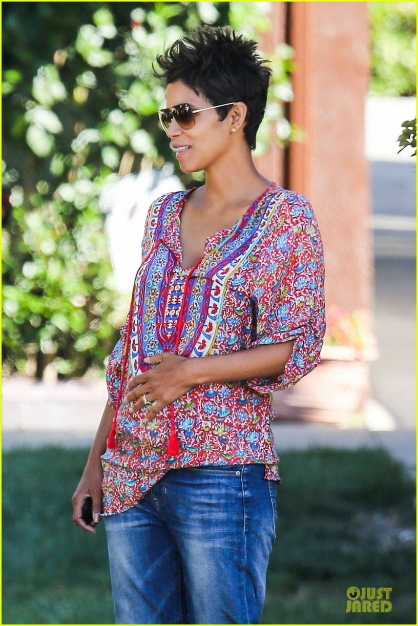 halle berry pregnancy is a miracle 02