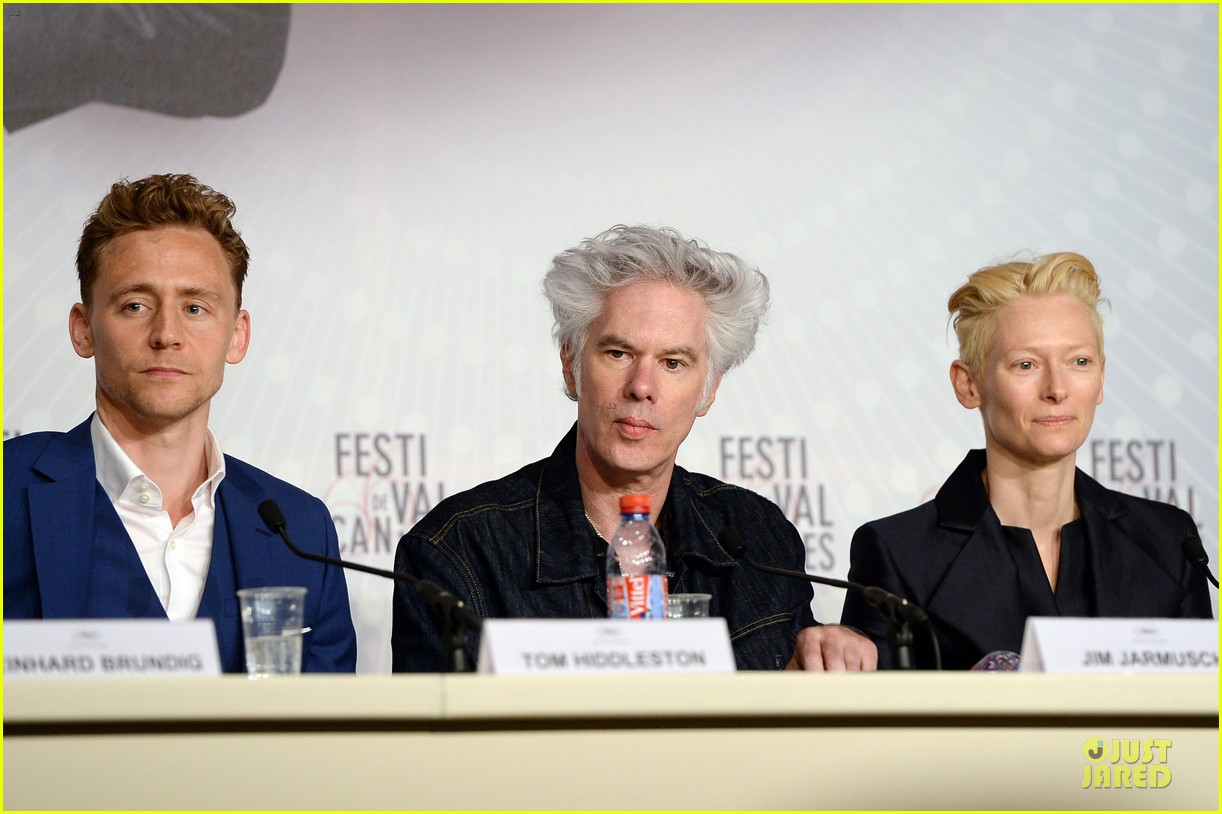 tom hiddleston tilda swinton only lovers left alive cannes photo call 05