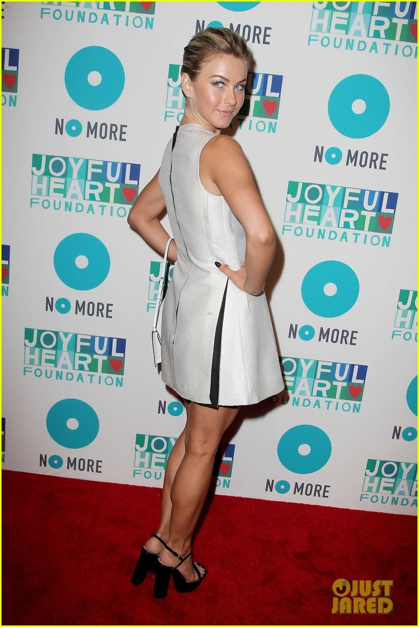 julianne hough megan hilty joyful heart gala 2013 36