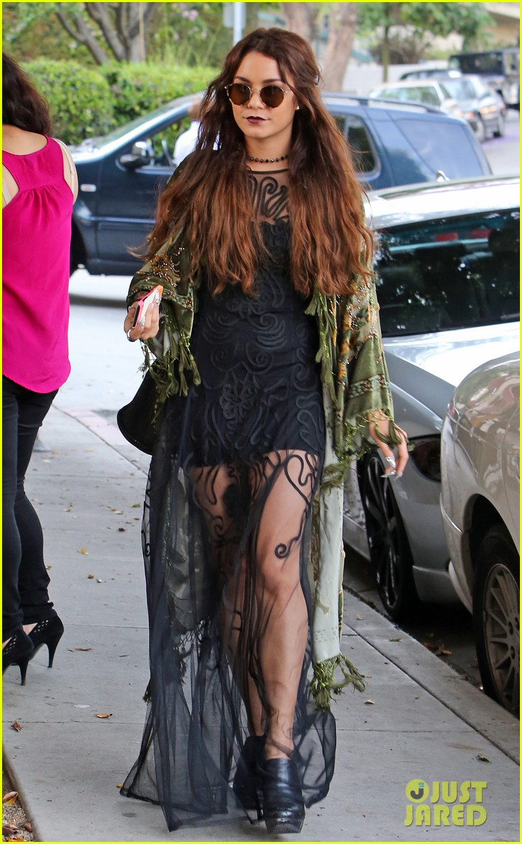 vanessa hudgens hipster chic style at hair salon 01