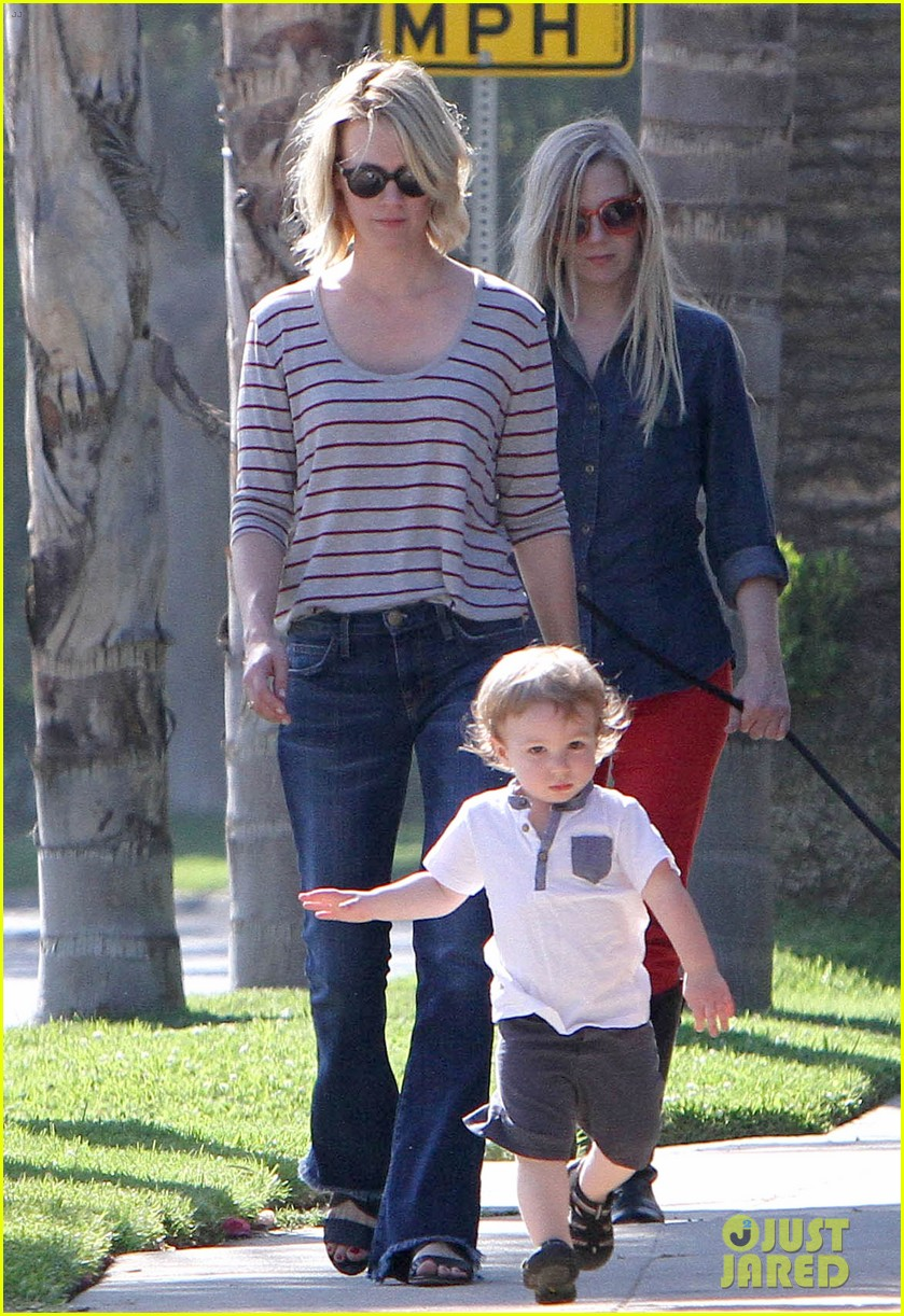 january jones xander walks in front of mommy 08