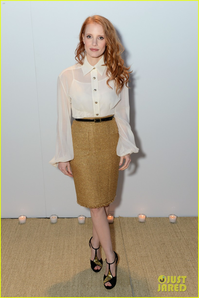 jessica chastain vanity fair chanel dinner at cannes 01