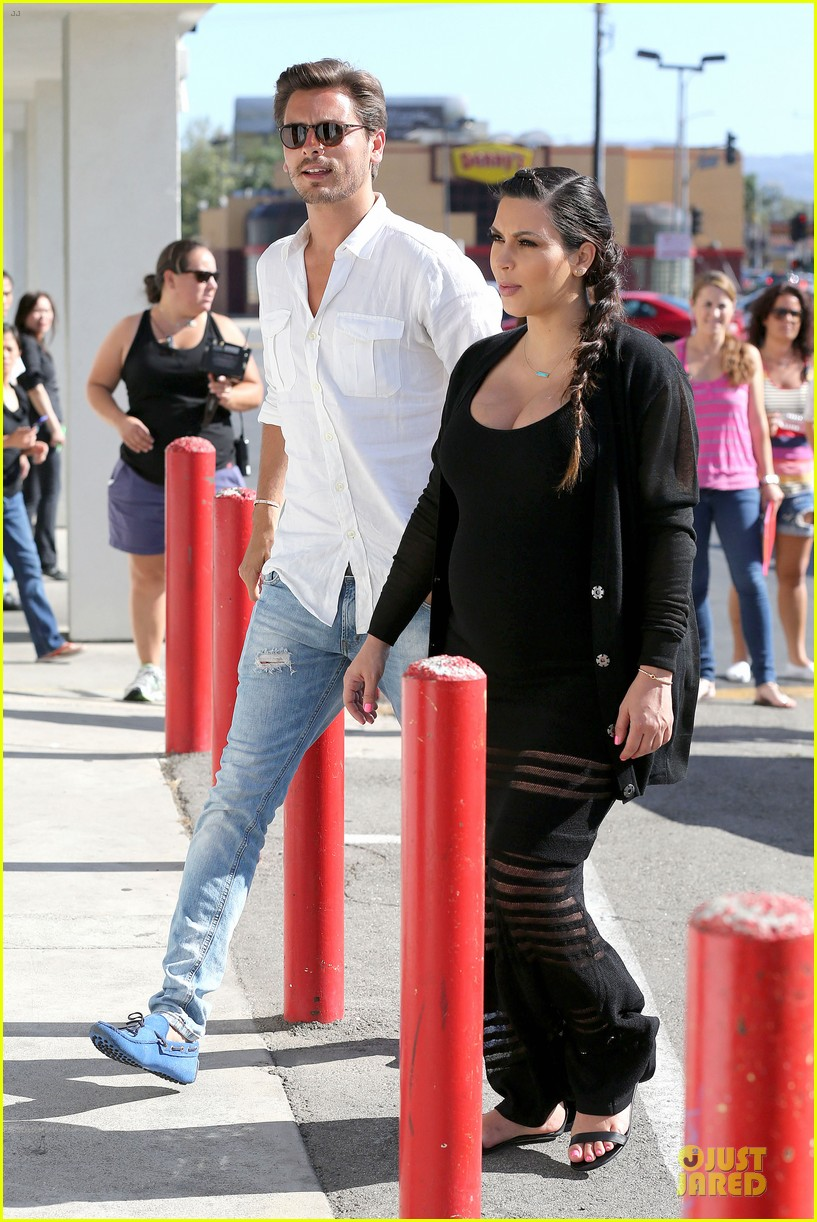 kim kardashian sheer baby bump celebration 10