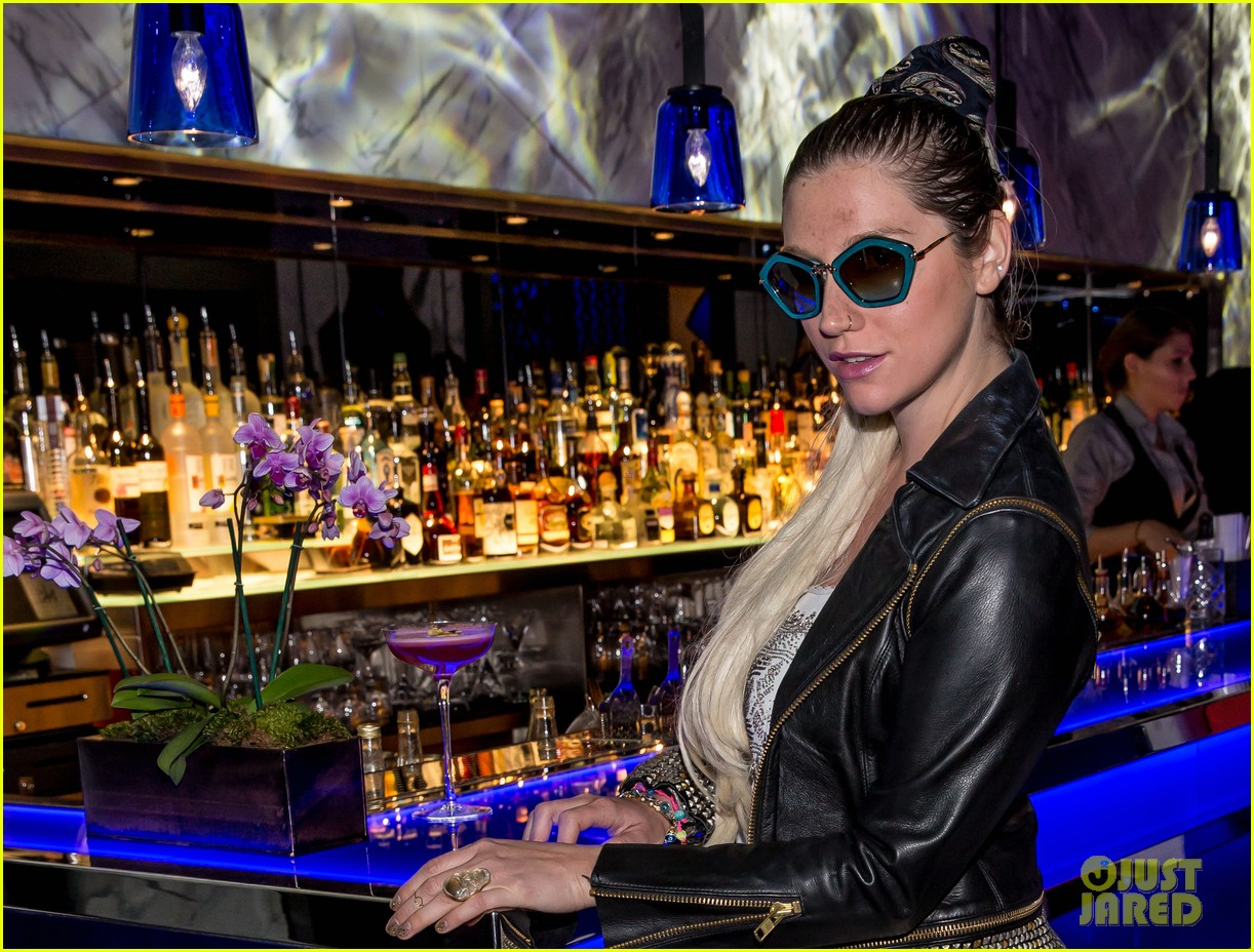 kesha thanks hakkasan for an amazing night 02