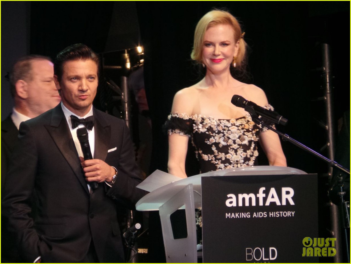 nicole kidman strolls cannes after amfar gala 01