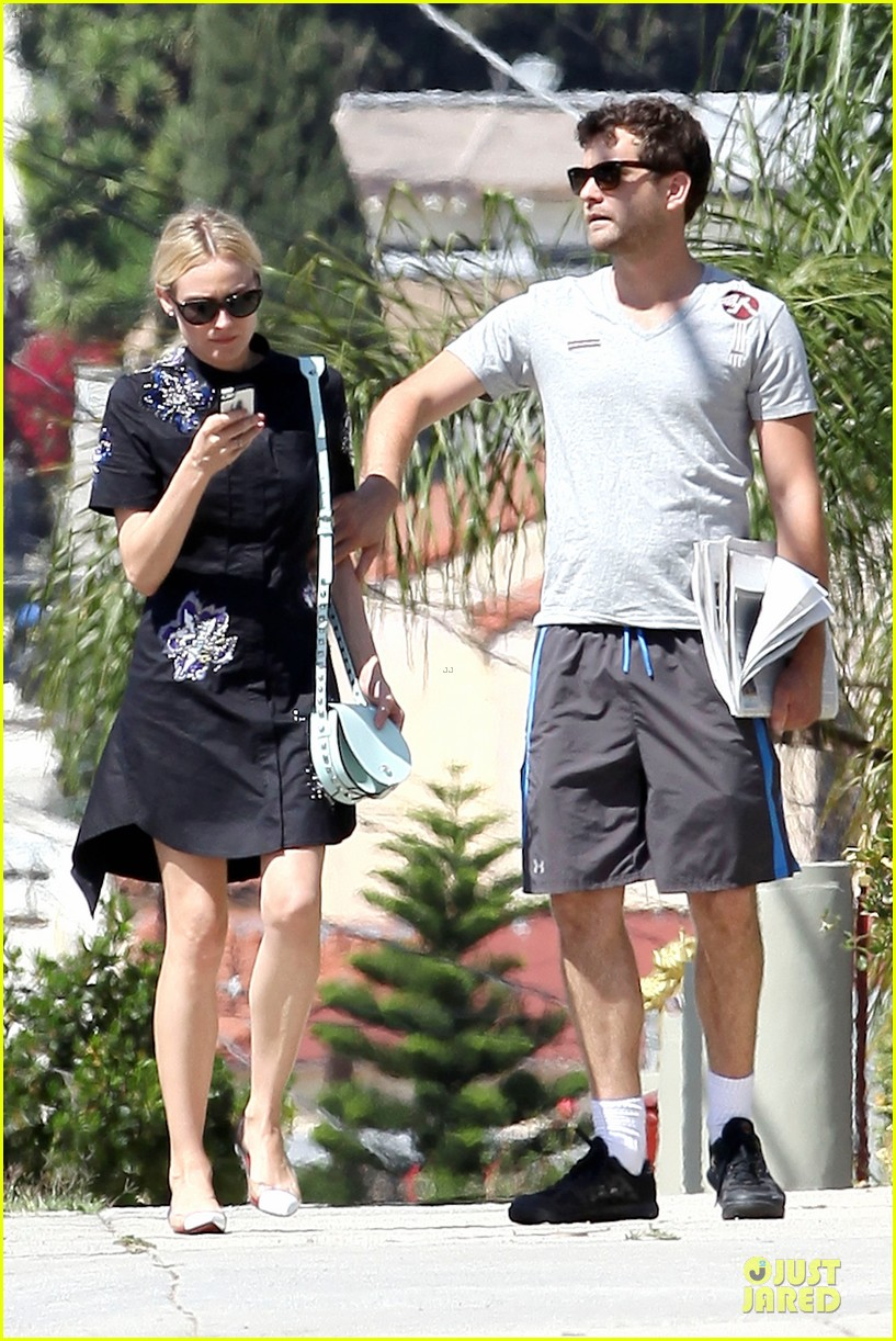 diane kruger hold hands after lunch 132874113