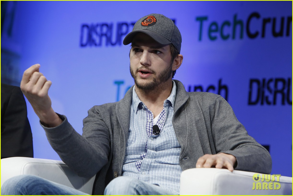 ashton kutcher techcrunch disrupt ny 122861909