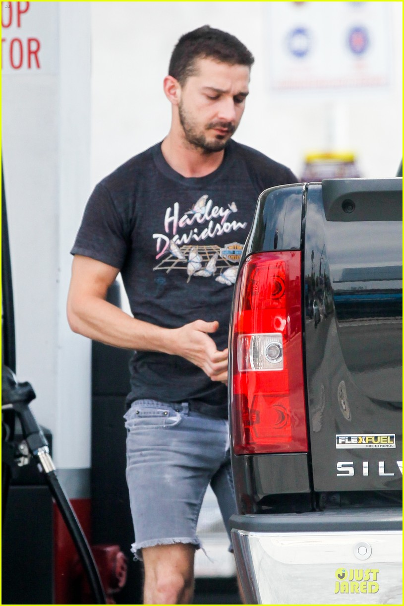shia labeouf the villain star 102872553