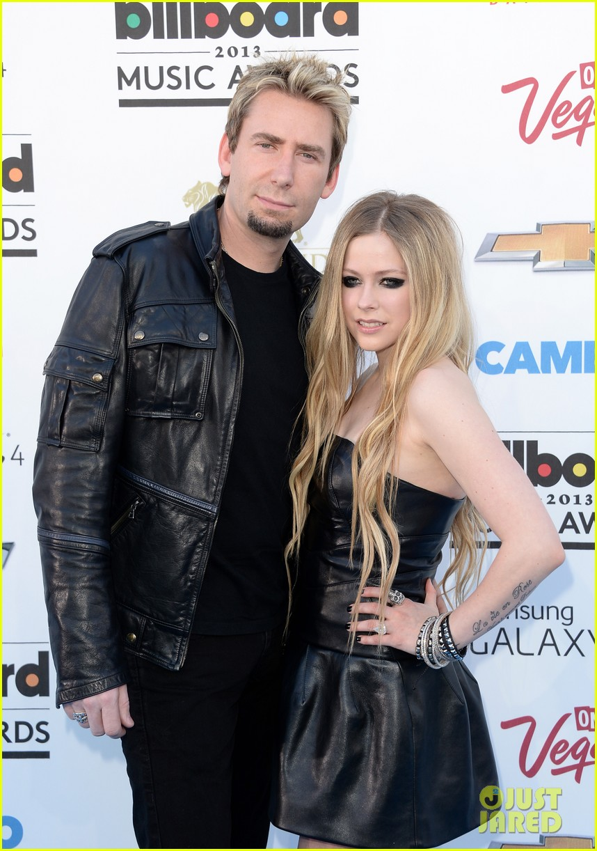 avril lavigne billboard music awards with chad kroeger 02