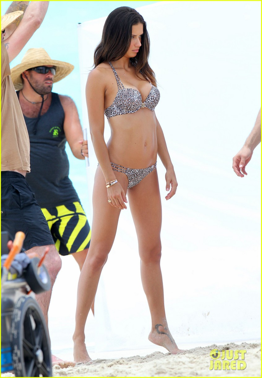 adriana lima bikini victorias secret photo shoot 36
