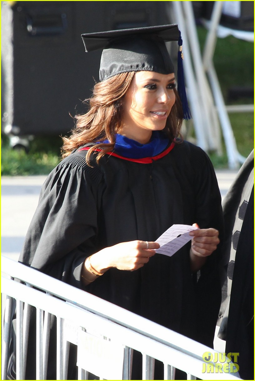 eva longoria graduates with a masters degree from csu 282876557
