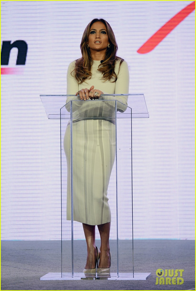 jennifer lopez verizon viva movil press conference 012876326