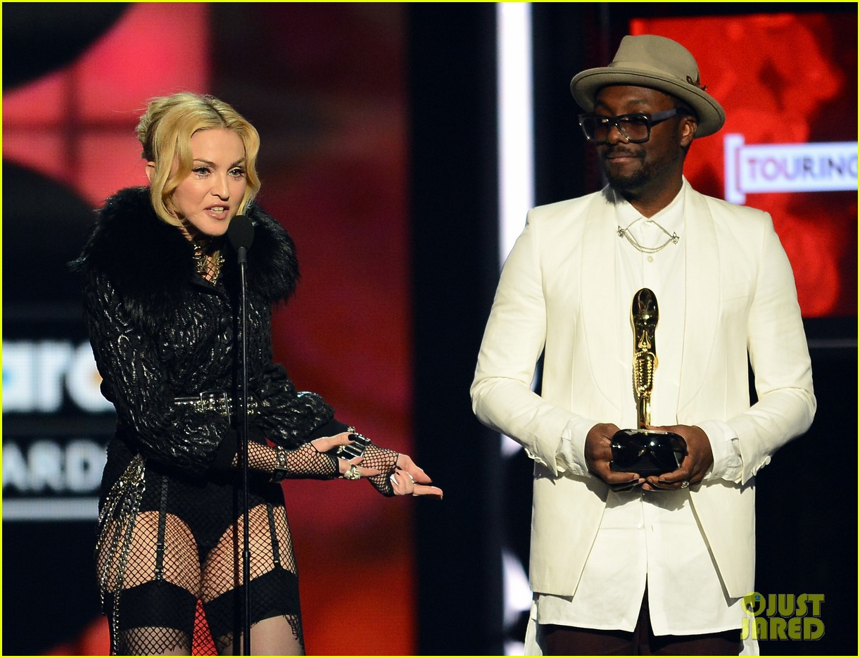 madonna billboard music awards 2013 with william 05