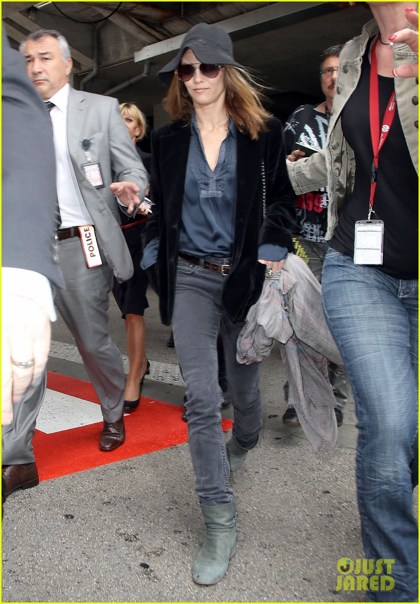 rooney mara vanessa paradis touch down for cannes 05