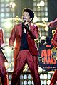 bruno mars billboard music awards 2013 performance video 07