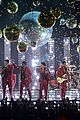 bruno mars billboard music awards 2013 performance video 14