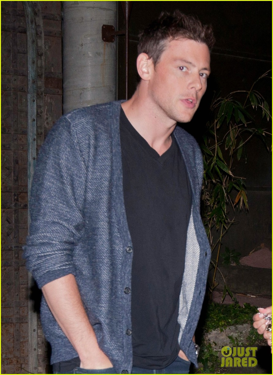 lea michele visits dentist after date night with cory monteith 04