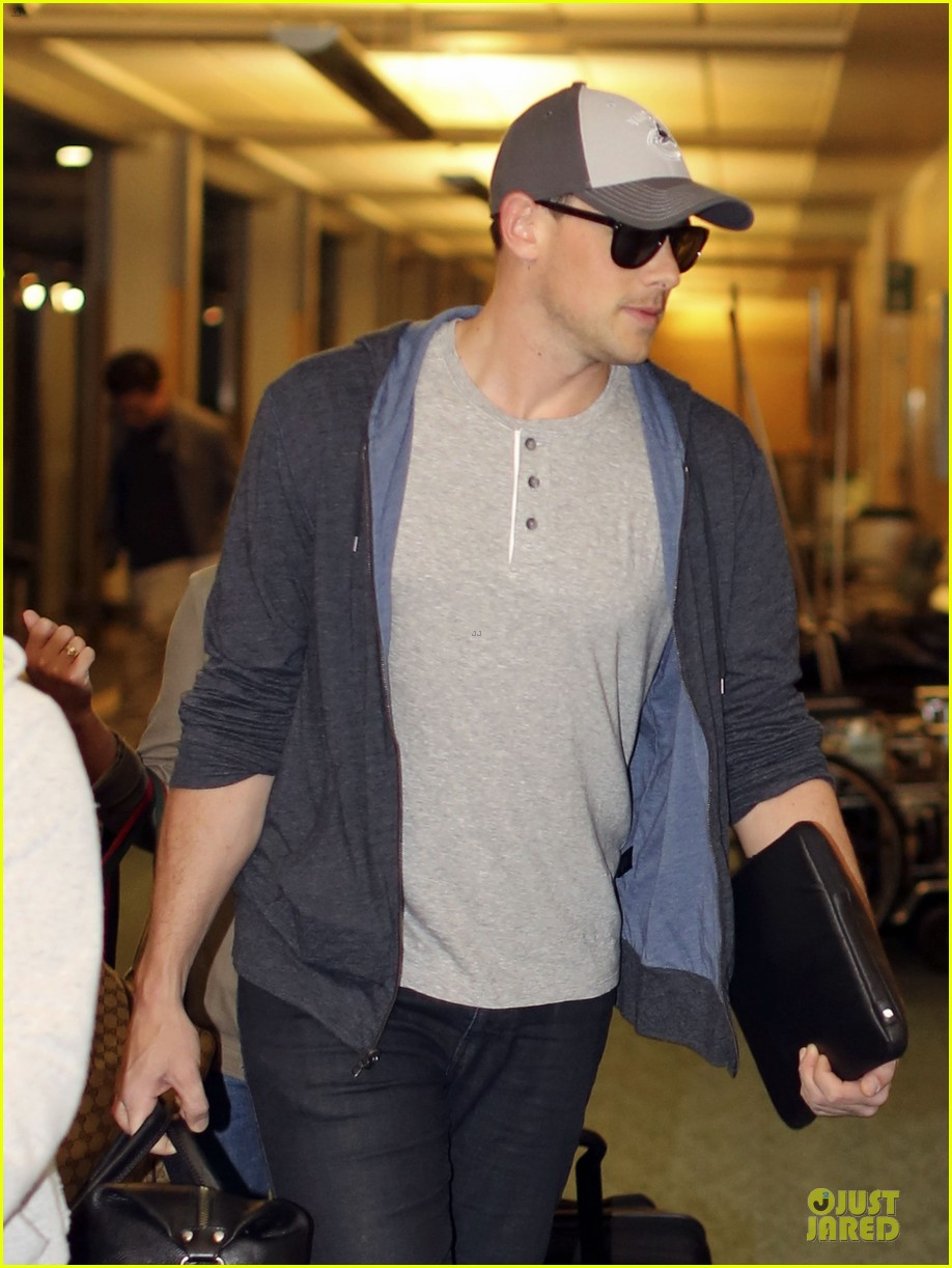 lea michele cory monteith vancouver departing couple 07