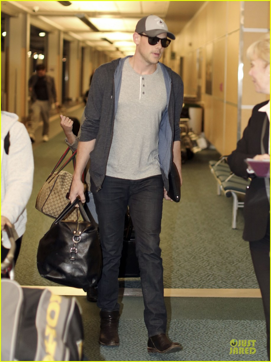 lea michele cory monteith vancouver departing couple 082863478