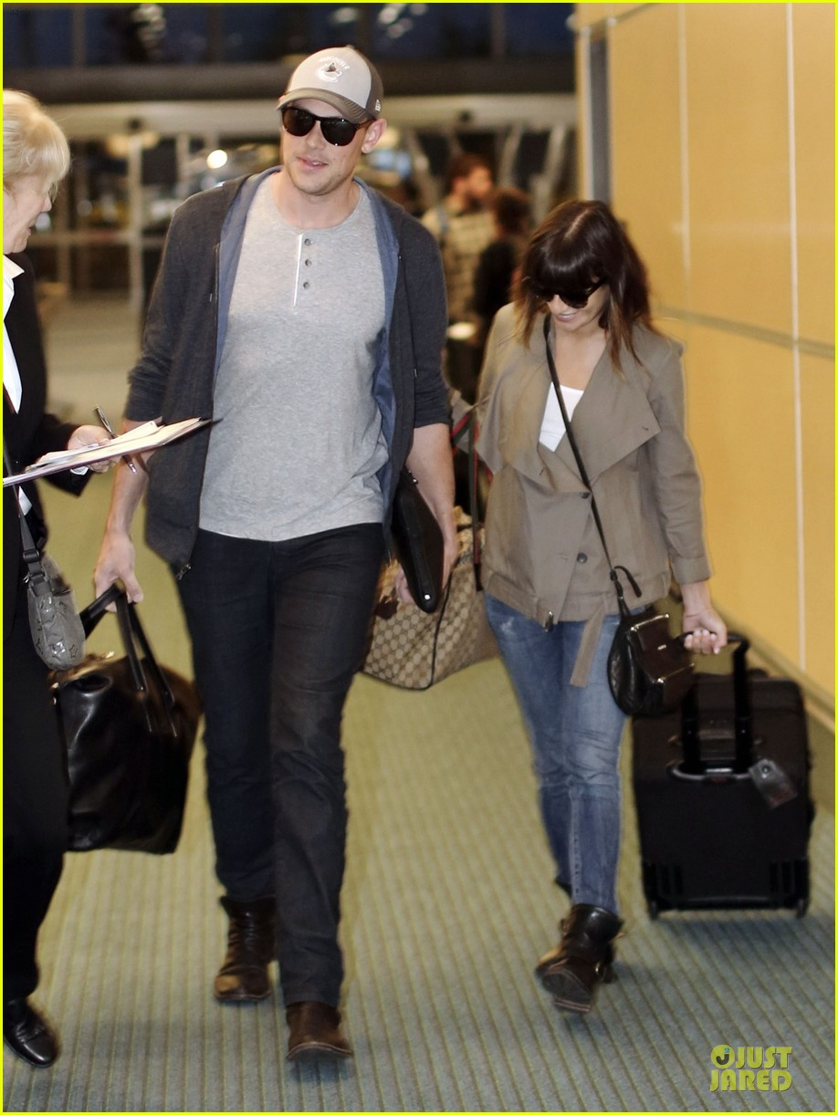 lea michele cory monteith vancouver departing couple 112863481