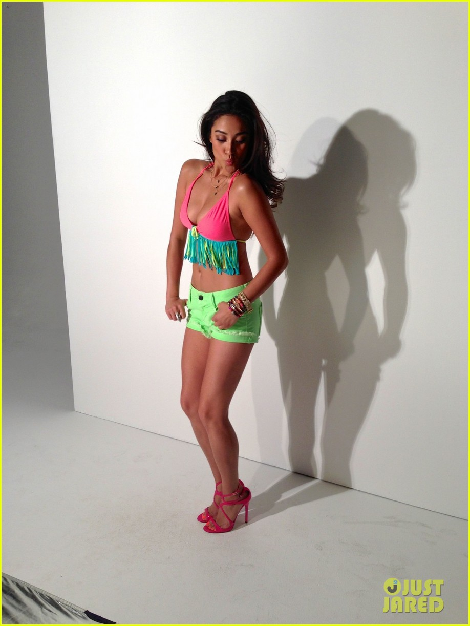 shay mitchell flaunts bikini body for self june 2013 05