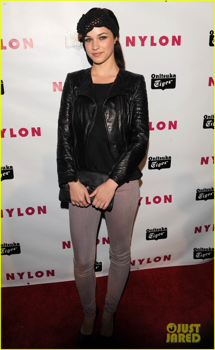 chloe moretz nylon young hollywood party 01