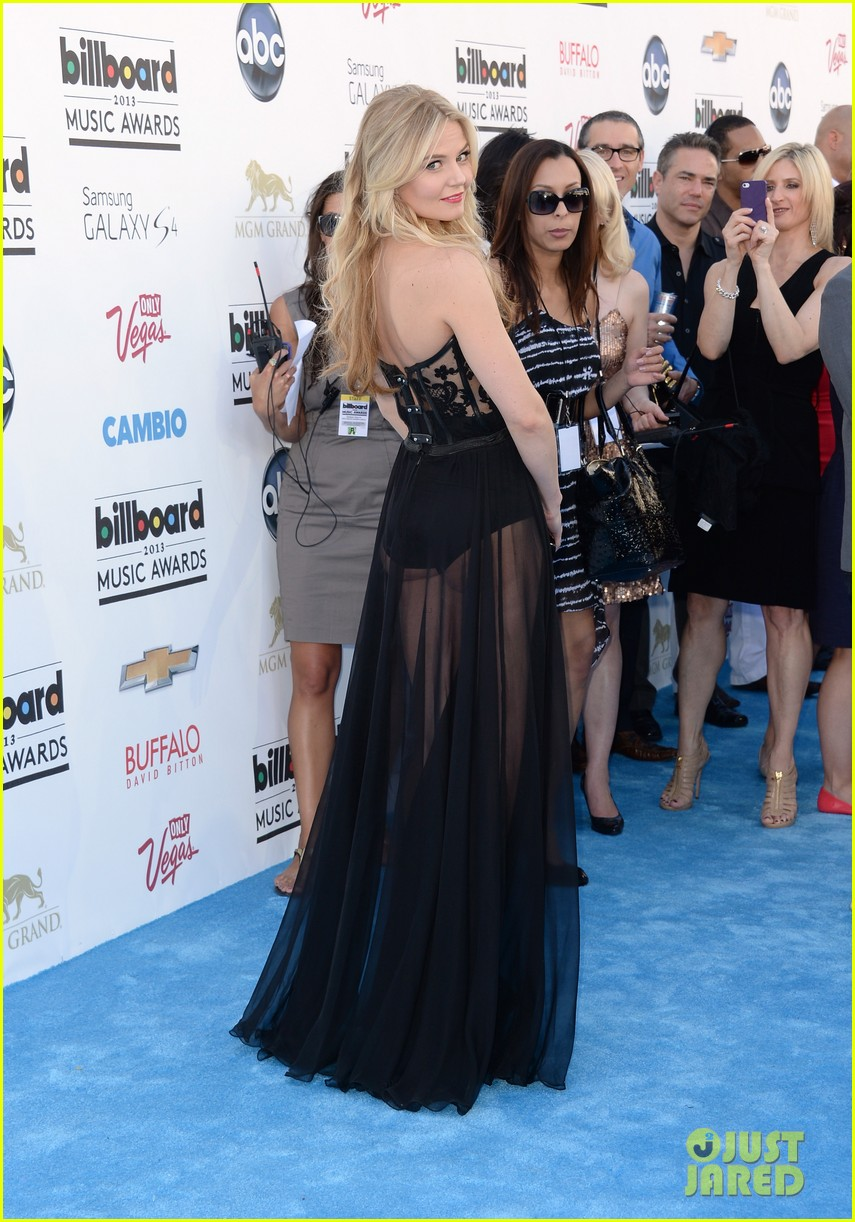 jennifer morrison billboard music awards 2013 red carpet 032873954