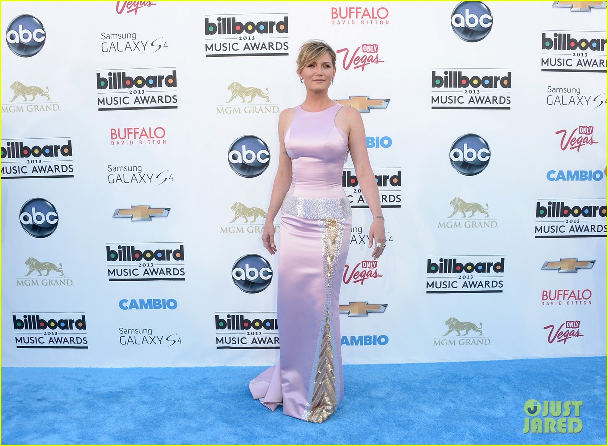 jennifer nettles billboard music awards 2013 red carpet 122873985